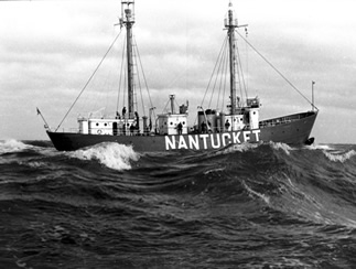 LV-112 on Nantucket Shoals station prior to 1960